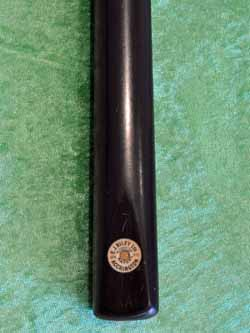 A Disc Badge Cue